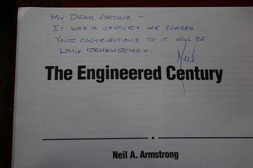 Neil Armstrong's article 01