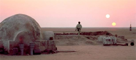 Two suns as seen from Tatooine