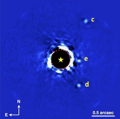 Fig1_HR8799