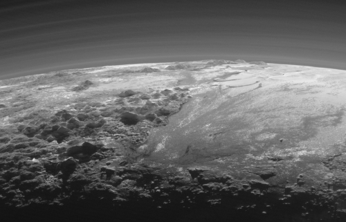 Fig1_Pluto-Mountains-Plains 9-17-15
