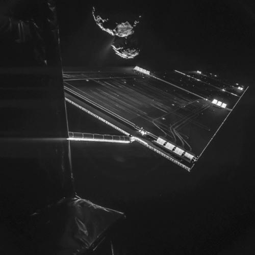Rosetta_CIVA_20141007_selfie_at_comet_625